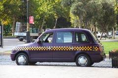 l'azerbaïdjan bakou voiture de taxi de veiw de rue Image libre de droits