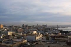 l'azerbaijan bacu Veiw giù alla città Fotografia Stock