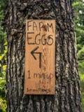 L'azienda agricola rustica Eggs il segno Fotografie Stock Libere da Diritti