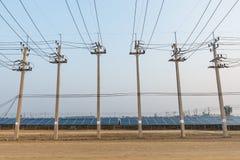 L'azienda agricola solare per energia verde in Tailandia Fotografia Stock Libera da Diritti