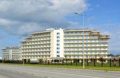 L'azimut à chaînes d'hôtel, le taux de disponibilité 3 se tient le premier rôle Image stock
