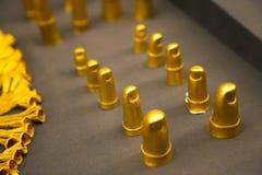 L'or botte - le trésor avec la pointe du pied du Roi Tutankhamen, musée égyptien images stock