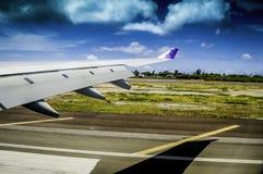 Lądowanie przy Honolulu lotniskiem Obraz Stock
