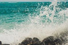 L'eau éclabousse de l'Océan Indien Images stock