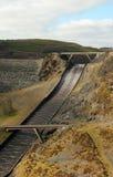 L'eau électrique hydraulique de barrage coulée Photographie stock libre de droits