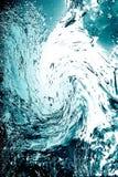 l'eau bleue de baisse Images stock