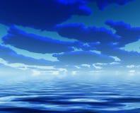 L'eau bleue profonde de nuages Image stock