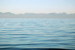 L'eau calme Image libre de droits