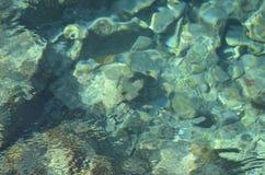 L'eau claire dans les Caraïbe Image stock