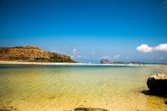 L'eau claire superbe à la plage de Balos, Crète Images libres de droits