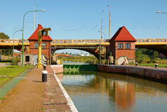 l'eau de blocage de canal Photo stock