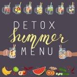 L'eau de Detox avec des fruits Photographie stock