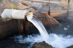 l'eau de flux Photo libre de droits