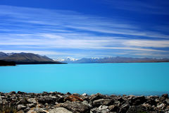 l'eau de fonte de lac Photos libres de droits