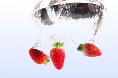 l'eau de fraise images libres de droits