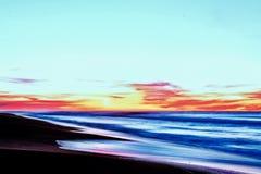 L'eau de lever de soleil de mer de coucher du soleil de plage Image libre de droits