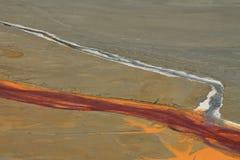 L'eau de mine souillée dans Rosia Montana 2 photographie stock