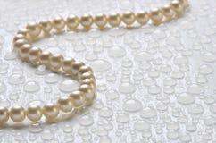 l'eau de perles de baisses photographie stock