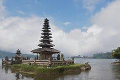 l'eau de temple Photo stock