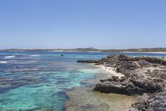 L'eau de turquoise à l'île de Rottnest, Australie occidentale, Australie image stock
