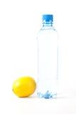 L'eau et citron Photographie stock libre de droits