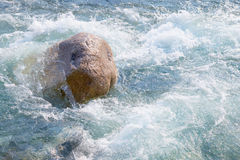 L'eau et pierre Image libre de droits