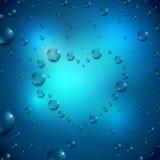 L'eau laisse tomber le coeur Photographie stock