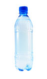 l'eau minérale de bouteille Photos libres de droits