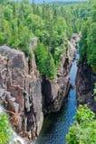 L'eau montante en cascade Image libre de droits