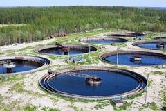 L'eau réutilisant la gare d'eaux d'égout photo stock