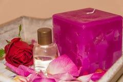 L'eau rose parfumée Photographie stock libre de droits
