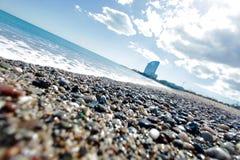 L'eau sur la plage de la mer Méditerranée Image stock