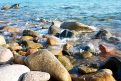 L'eau sur les roches Image libre de droits