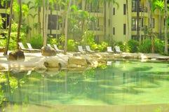 L'eau verte en plage de Tanjung Rhu, Langkawi, Malaisie Images libres de droits