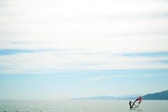 - L'Egitto - Dahab fare windsurf - cielo marino Fotografia Stock Libera da Diritti