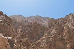 L'Egitto, le montagne del Sinai abbandona, canyon colorato Immagini Stock