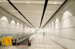 L'elevatore nell'aeroporto Immagini Stock