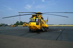 L'elicottero di Seaking, militare cerca e salva sull'aerodromo fotografia stock