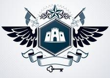 L'emblème chic fait avec l'aigle s'envole la décoration, la tour médiévale a Image libre de droits