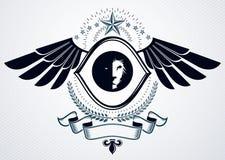 L'emblema di classe fatto con l'aquila traversa la decorazione volando, leone selvaggio Immagini Stock