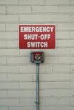 L'emergenza ha chiuso il segno del commutatore Fotografie Stock Libere da Diritti