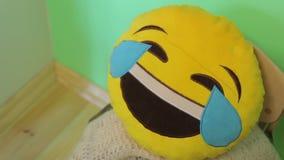 L'emoticon di risata video d archivio