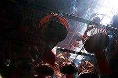 L'encens enroule, dans un temple chinois, Hong Kong. Photo stock