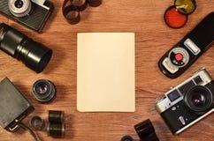 l'Encore-vie avec le vieil équipement de photographie images libres de droits
