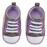 L'enfant coloré a classé des chaussures d'espadrille Images stock