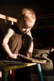 L'enfant en bas âge lit Photo libre de droits