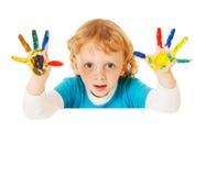 l'enfant remet heureux peint photo libre de droits