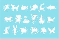 L'ensemble blanc de silhouette de nuages d'animal, rêves doux d'imagination d'enfant dirigent des illustrations illustration libre de droits