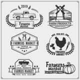 L'ensemble d'agriculteurs lancent des emblèmes, des logos et des labels sur le marché Illustration de vecteur illustration de vecteur