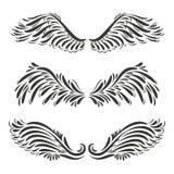 L'ensemble d'ange décoratif de trois vecteurs ou les ailes d'oiseau conçoivent - l'illu illustration stock